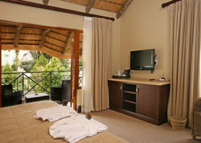family rooms drakensberg hotel accommodation resort champagne castle 02