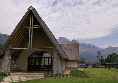 wedding venue chapel drakensberg mountains champagne castle hotel 06