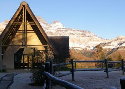 wedding venue chapel drakensberg mountains champagne castle hotel 07